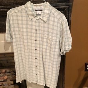 Columbia Button Down Short Sleeve
